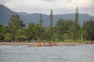 Vanuatu Menschenmenge am Sonntagnachmittag