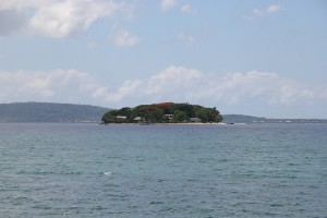 Hideaway (Mele) Island