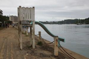 Port Vila - Wasserrutsche in den Hafen der Metropole