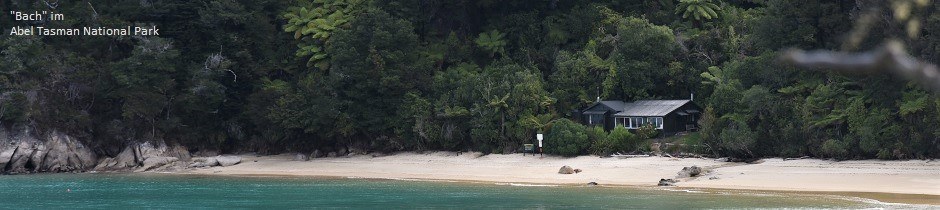 Beach bach in Abel Tasman National Park